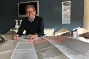 Unterzeichnung Bauantrag Erweiterung Halle